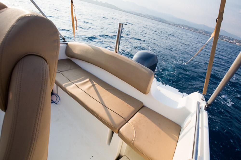 Boat rental Saint-Laurent-du-Var cheap Cap Camarat 6.5 CC Style