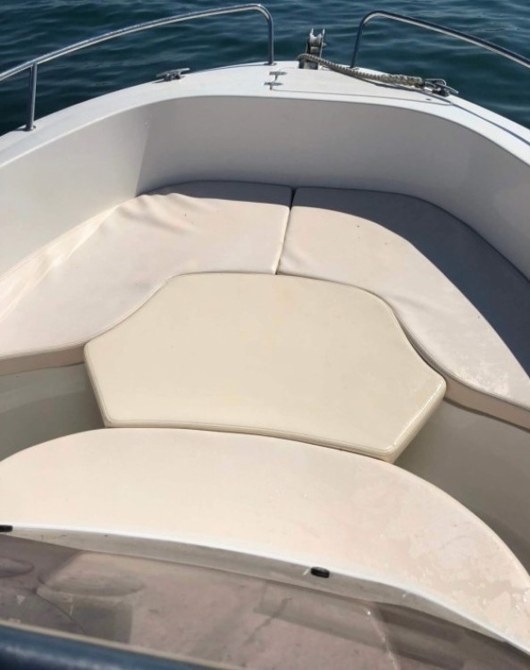 Boat rental Pacific Craft Pacific Craft 625 Open in Noirmoutier-en-l'Île on Samboat