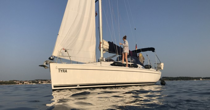 Sailboat for rent Poreč at the best price