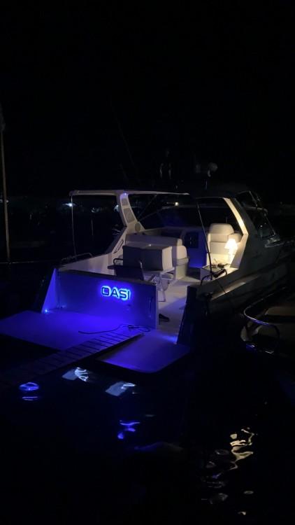 Rental Motorboat in Scario - Cranchi Cruiser 32