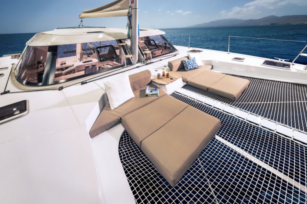 Hire Catamaran with or without skipper Bavaria Barcelona