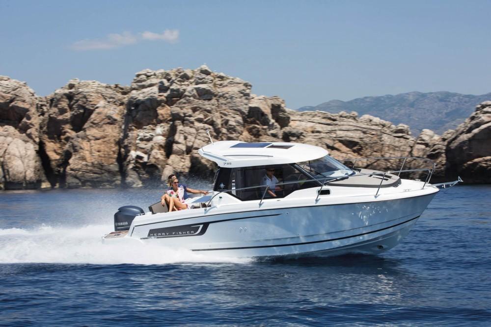 Rental yacht Castelló d'Empúries - Jeanneau Merry Fisher 795 on SamBoat