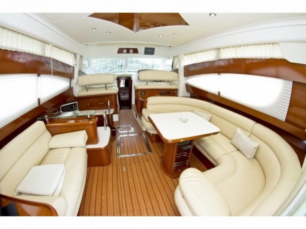 Rental yacht Saint-Laurent-du-Var - Jeanneau Prestige 46 on SamBoat