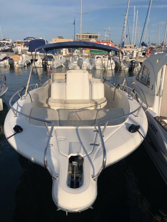 Rental Motor boat in Hyères - White Shark White Shark 265