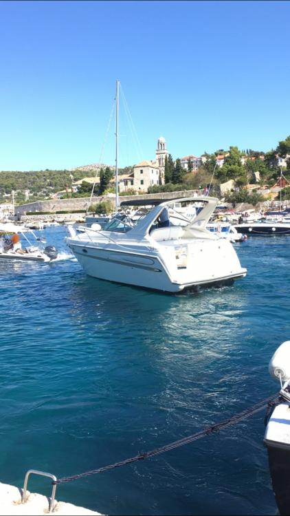 Rental Motorboat in Split - Maxum maxum 300 SCR