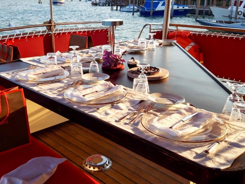 Rental Motorboat in Trogir - Trawler Trawler