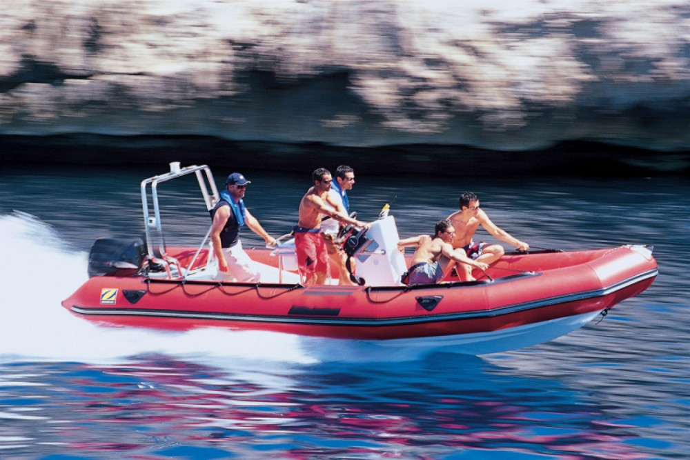 Hire RIB with or without skipper Zodiac Grimaud