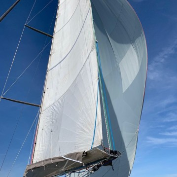 Hire Sailboat with or without skipper Futuna-Yachts  Port Corbières