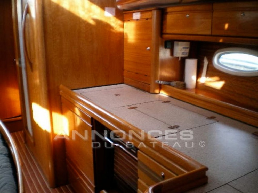 Boat rental Saint-Raphaël cheap Bavaria 39 Cruiser