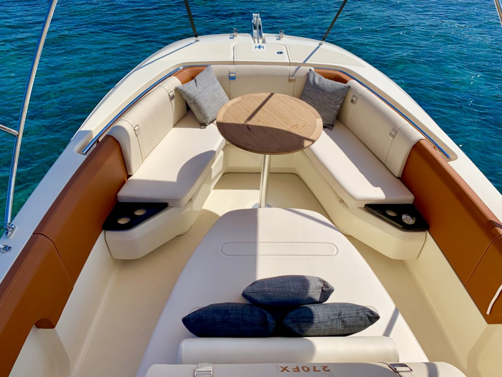 Rental yacht Cannes - Invictus  Invictus 270 FX on SamBoat