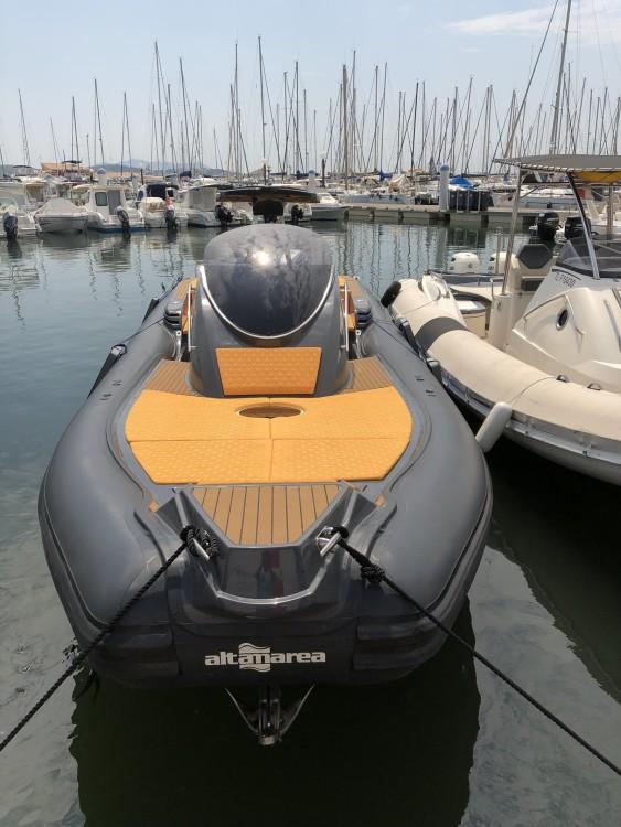 Rent a Altamarea WAVE 35 Bandol
