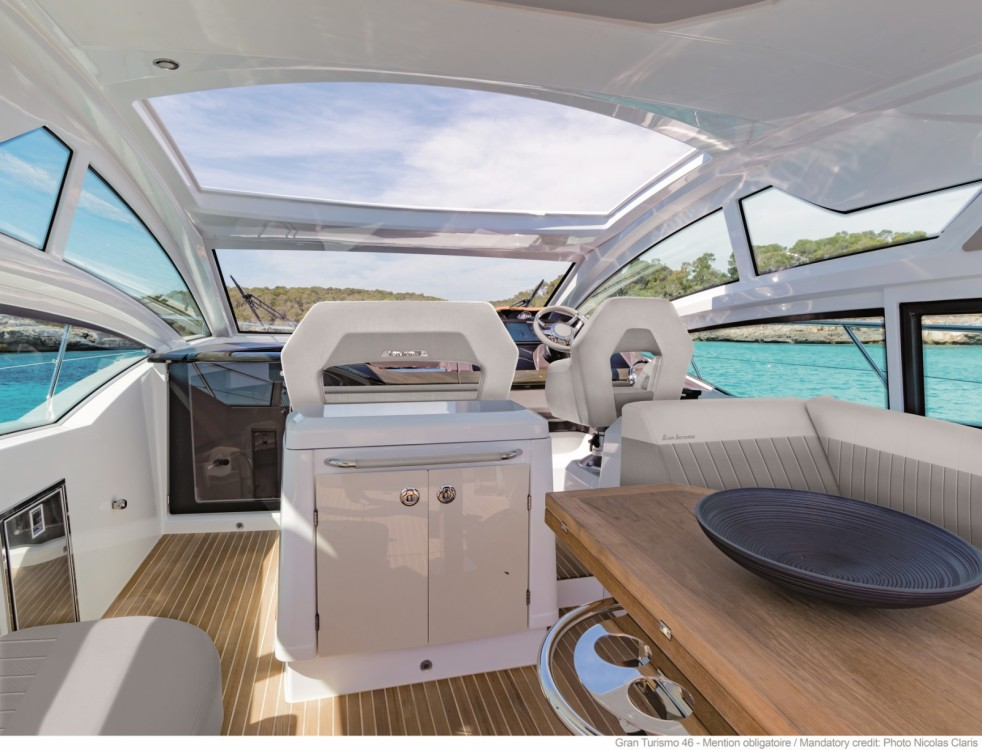 Boat rental Bénéteau Gran Turismo 46 in Cogolin on Samboat