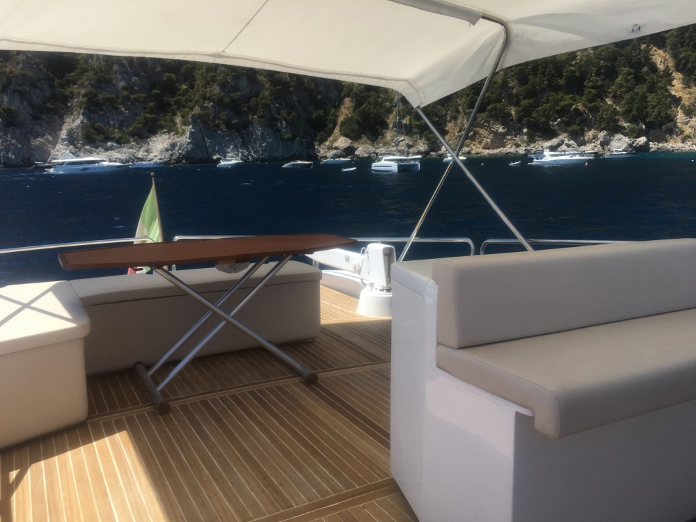 Rental Yacht cantieri liguri Lavagna with a permit