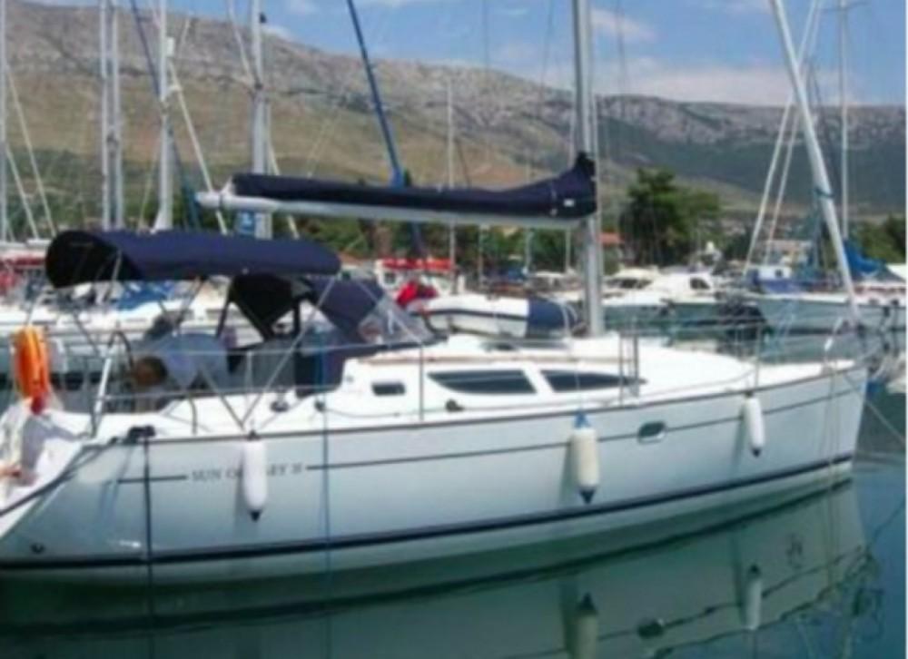 Rental yacht Ponza - Jeanneau Sun Odyssey 35 Legend on SamBoat