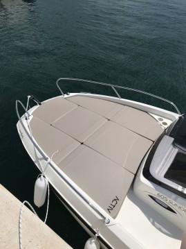 Boat rental Marina cheap Activ 605 Sundeck