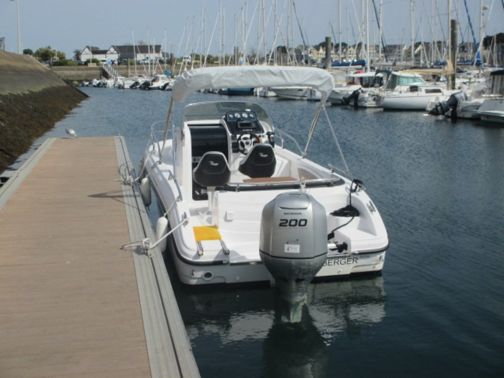 Rental yacht Arzon - Ranieri Atlantis 22 on SamBoat