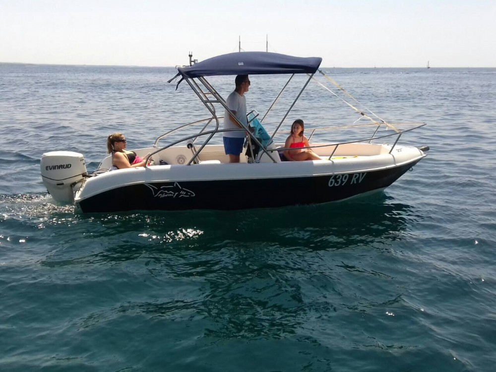 Boat rental Rovinj cheap Tirburon 180