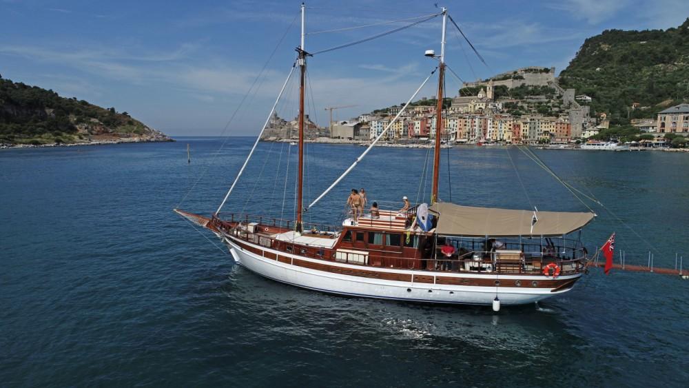 Boat rental cantieri navali Maralli Goletta in La Spezia on Samboat