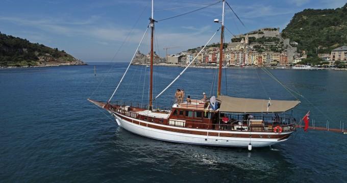 Rental Sailboat in La Spezia - cantieri navali Maralli Goletta