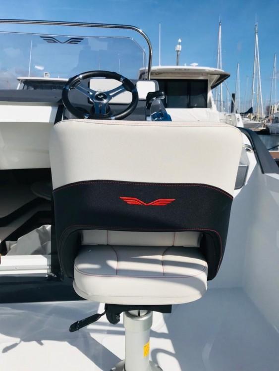 Boat rental Bénéteau Flyer 6.6 SUNdeck in Noumea on Samboat