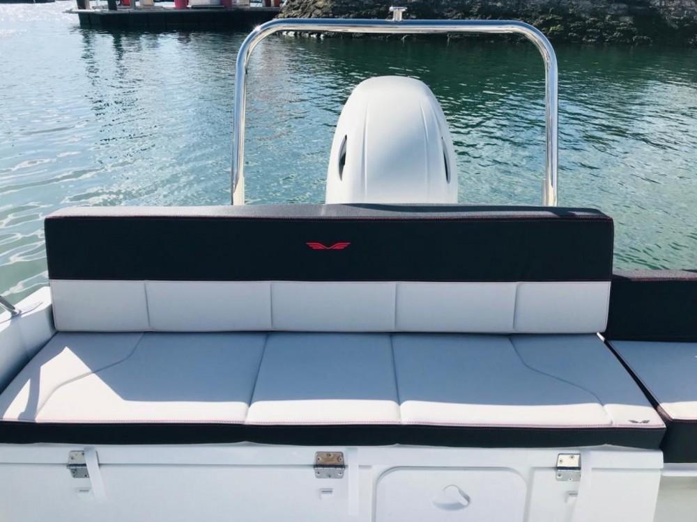 Rental Motorboat in Noumea - Bénéteau Flyer 6.6 SUNdeck