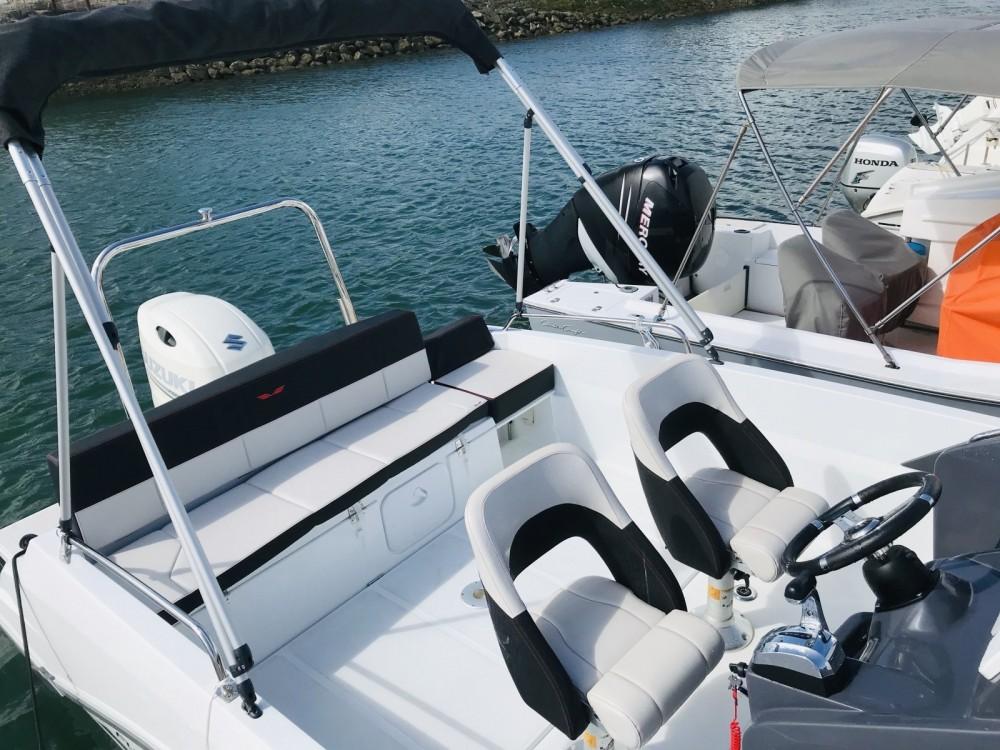 Boat rental Noumea cheap Flyer 6.6 SUNdeck