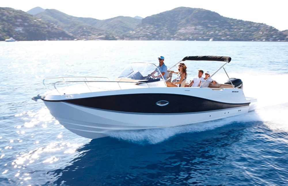Boat rental Maó cheap Activ 755 Sundeck