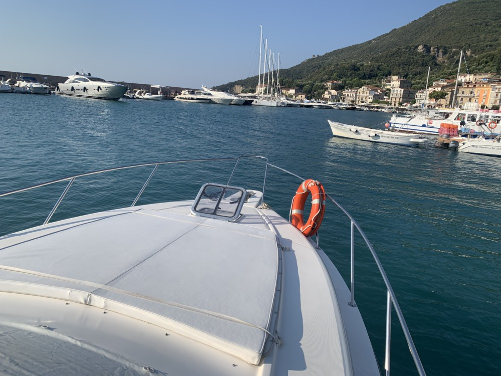 Motorboat for rent Scario at the best price