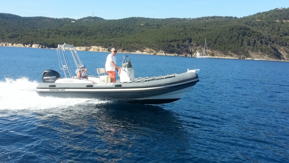 Boat rental Joker Boat Coaster 600 in Cavalaire-sur-Mer on Samboat