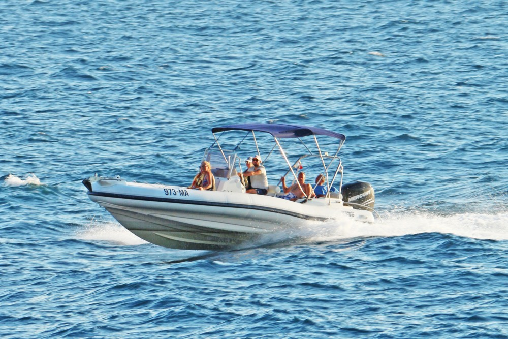Boat rental Marlin Boat 790 Pro Dynamic in Makarska on Samboat