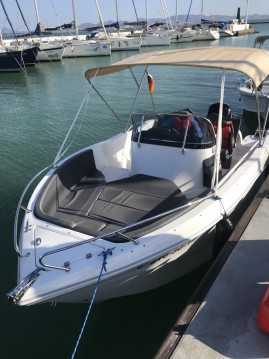 Motorboat for rent La Azohía at the best price