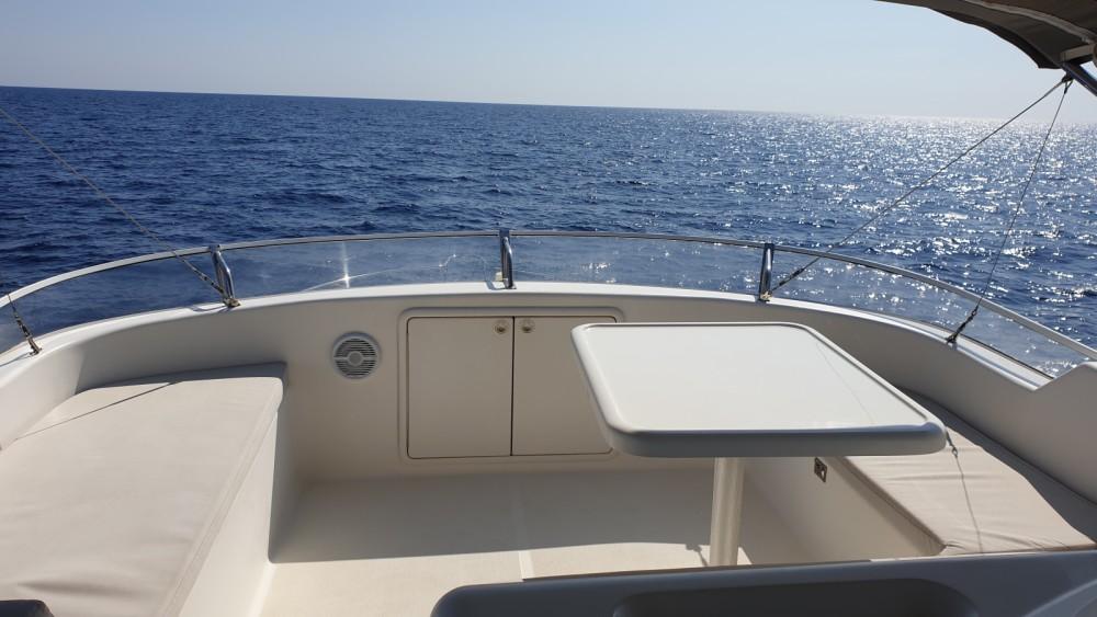 Rental yacht Grimaud - Riviera Riviera 48 on SamBoat