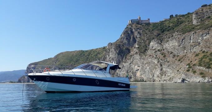 Boat rental Cranchi Zaffiro 32 in Lipari on Samboat