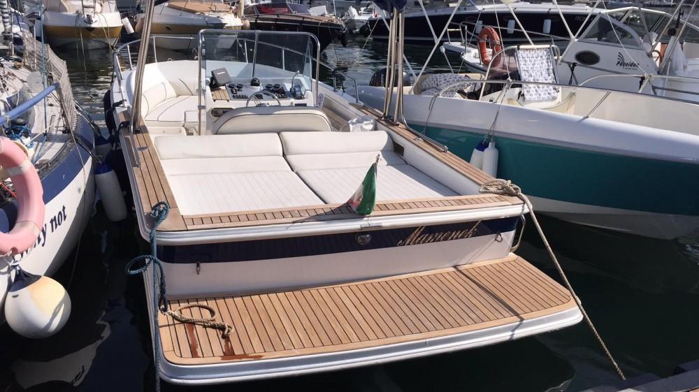 Rental yacht Torre del Greco - Martin 23.50 on SamBoat