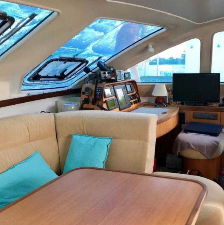 Boat rental Catana Catana 431 Prestige in Bouillante on Samboat