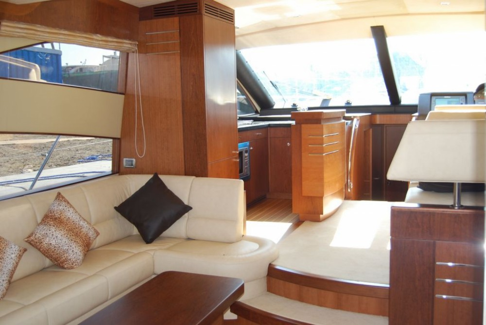 Hire Motorboat with or without skipper Integrity Phuket Province