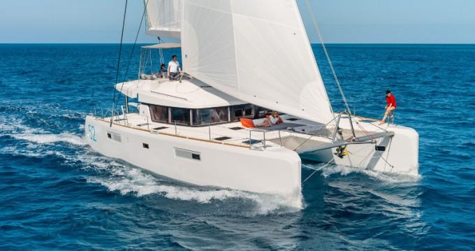 Rental Catamaran in Alimos - Lagoon Lagoon 52 F