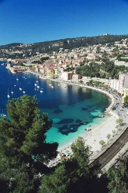 Boat rental Bénéteau Oceanis in Nice on Samboat