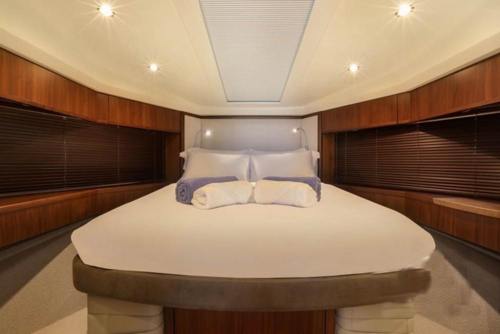 Rental Motorboat in Pa Khlok - Princess Princess 64 Fly