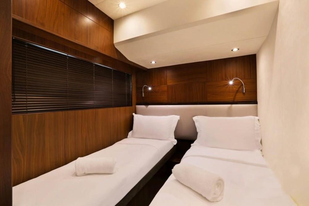 Boat rental Pa Khlok cheap Princess 64 Fly