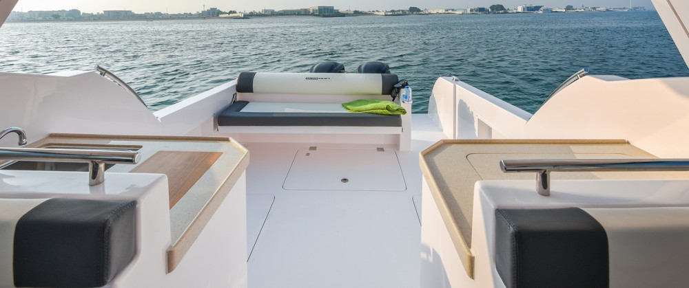Boat rental Silvercraft Silvercraft 31HT in Pa Khlok on Samboat