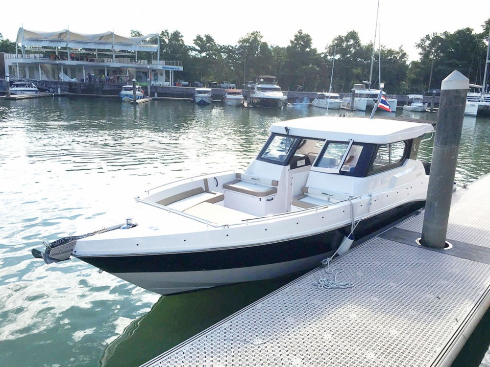 Hire Motorboat with or without skipper Silvercraft Phuket Province
