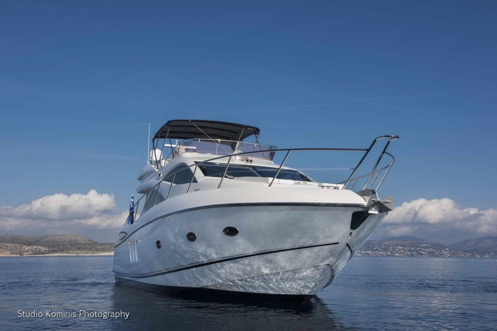Hire Motorboat with or without skipper Sunseeker Ano Mera