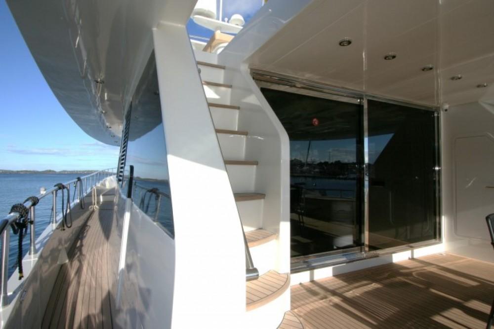 Rent a Trawler Yacht Saint Barthélemy
