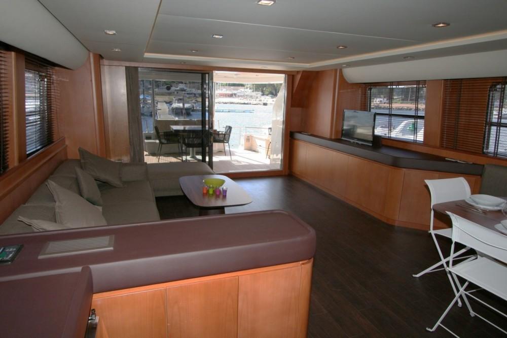 Rental yacht Saint Barthélemy - Trawler Yacht on SamBoat