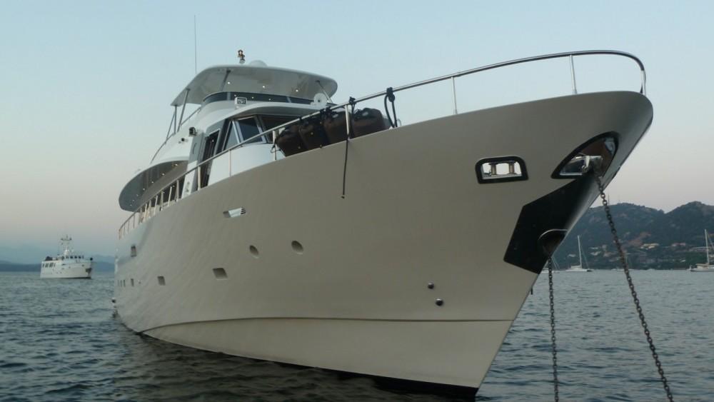Boat rental Porto-Vecchio cheap Yacht