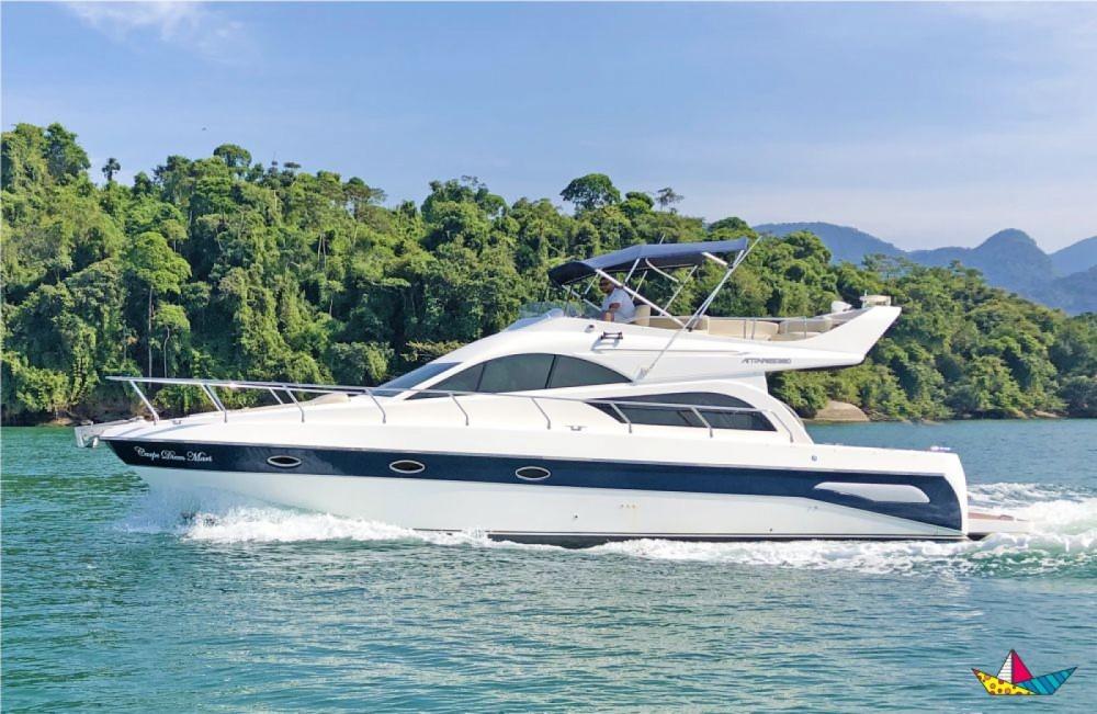 Boat rental Perimar Antares 380 in Angra dos Reis on Samboat
