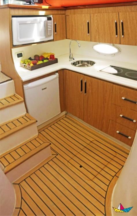 Boat rental Angra dos Reis cheap Antares 380