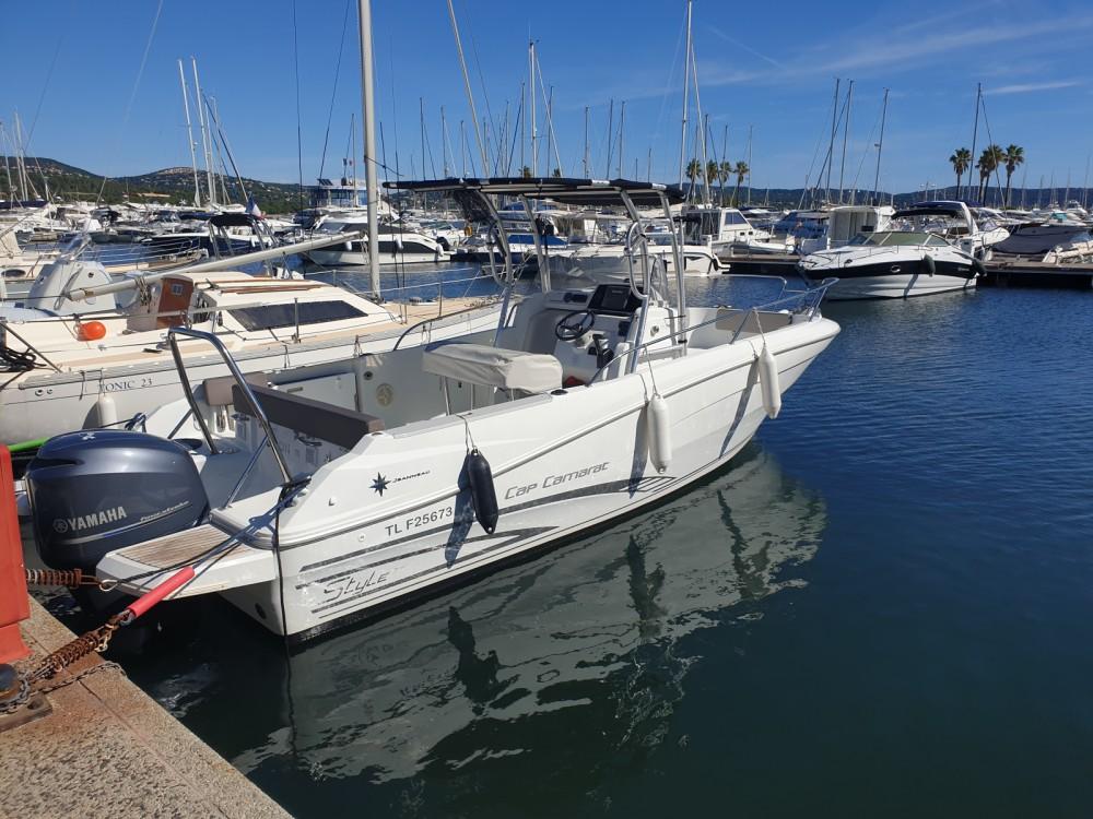 Rental Motorboat in Cavalaire-sur-Mer - Jeanneau Cap Camarat 7.5 CC