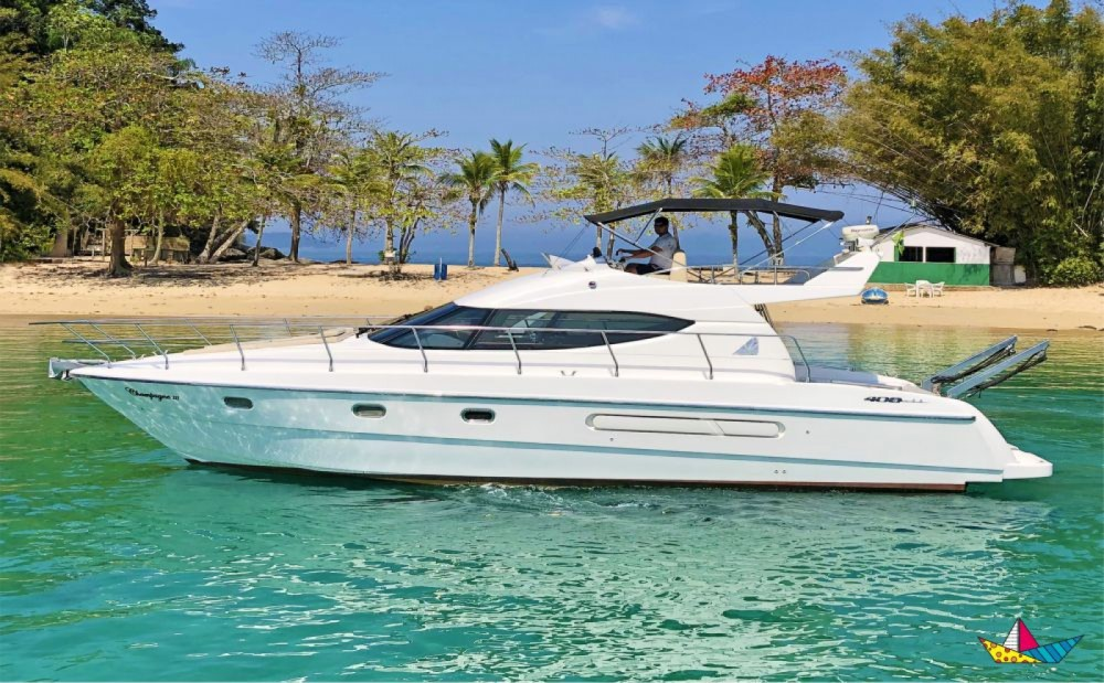 Hire Motorboat with or without skipper Azimut Angra dos Reis